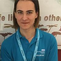 Volunteer Teodore Bate